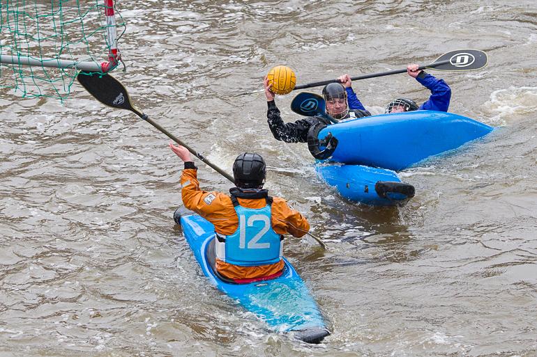 canoe_polo_tackle