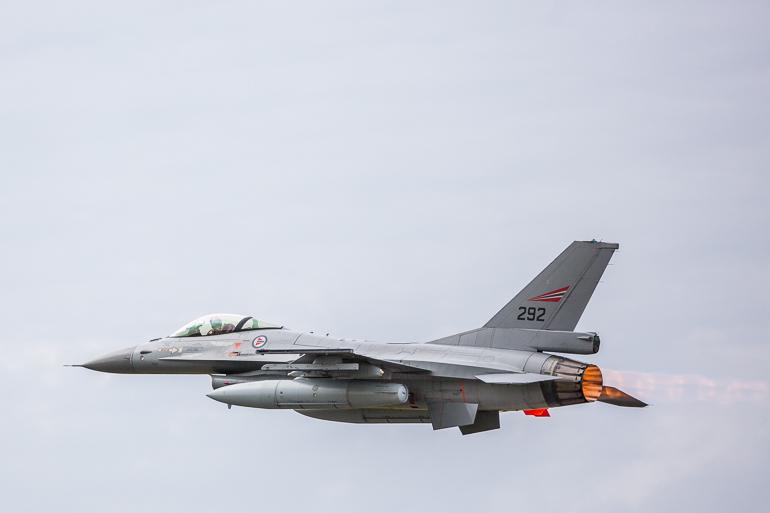 turku_airshow_cross_border_training_f16_f18_jasgripen-2
