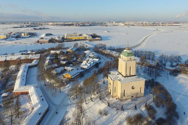 suomenlinna_church